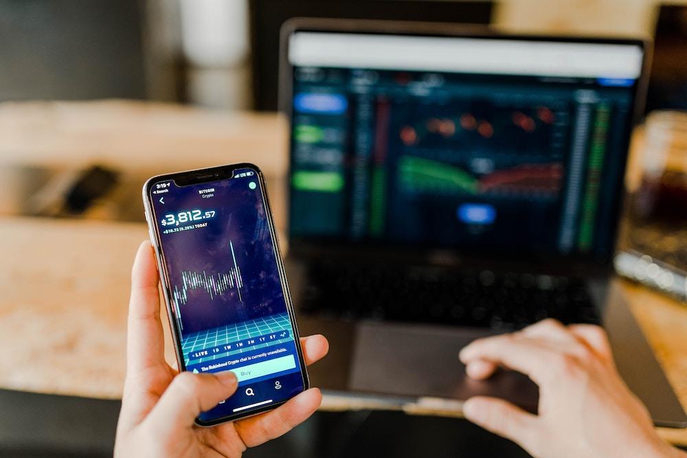 50.heti beszámoló-Fokozodó majd engedékeny hangulat stabil részvényárak mellett