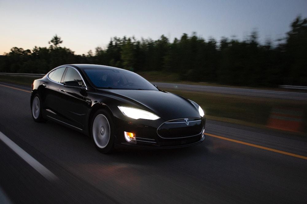 2. heti gyorsjelentés- A Tesla 500 dollár közelében