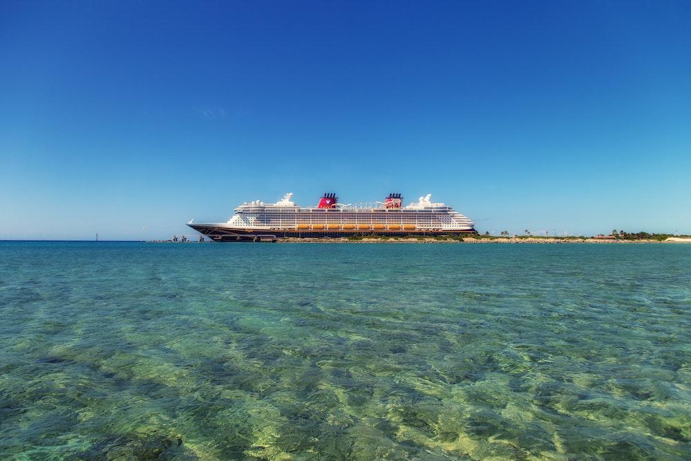 20.heti gyorsjelentés – A Carnival Cruise hajói augusztus 1-től újra Karib tengerre mennének
