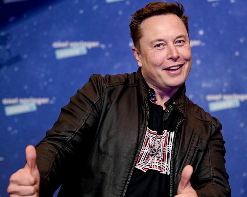 A Tesla vezérigazgatója mozgatja a kriptovaluta piacot?